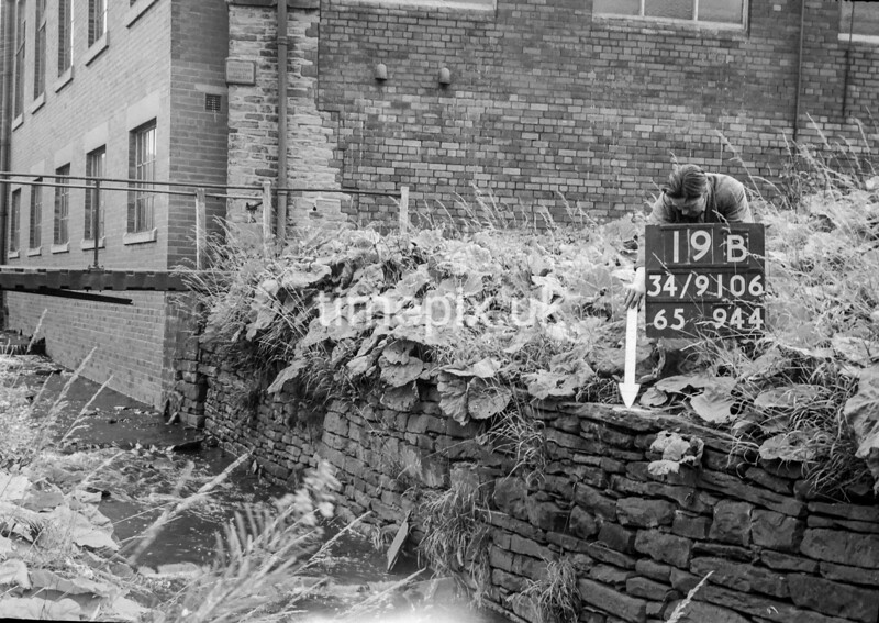 SD910619B, Ordnance Survey Revision Point photograph in Greater Manchester