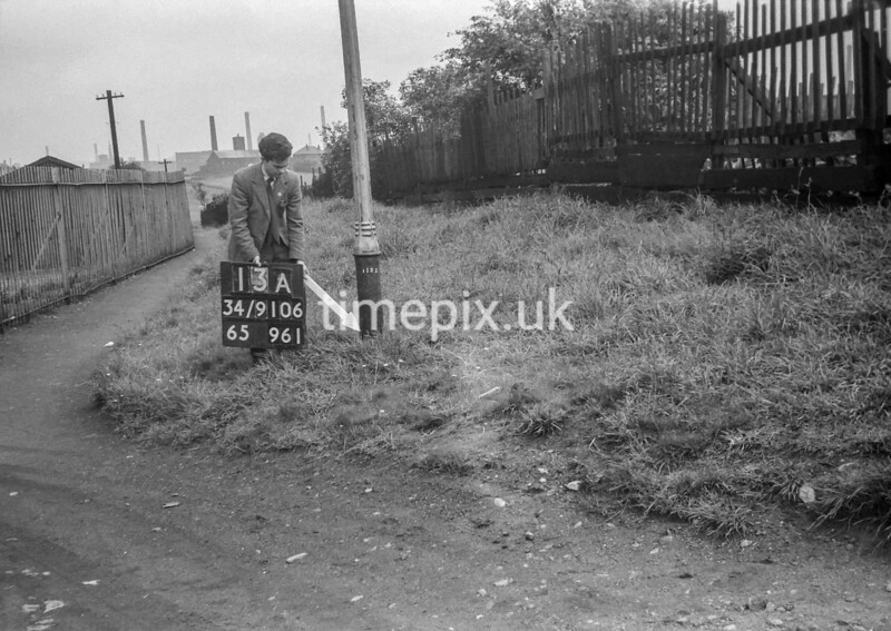 SD910613A, Ordnance Survey Revision Point photograph in Greater Manchester