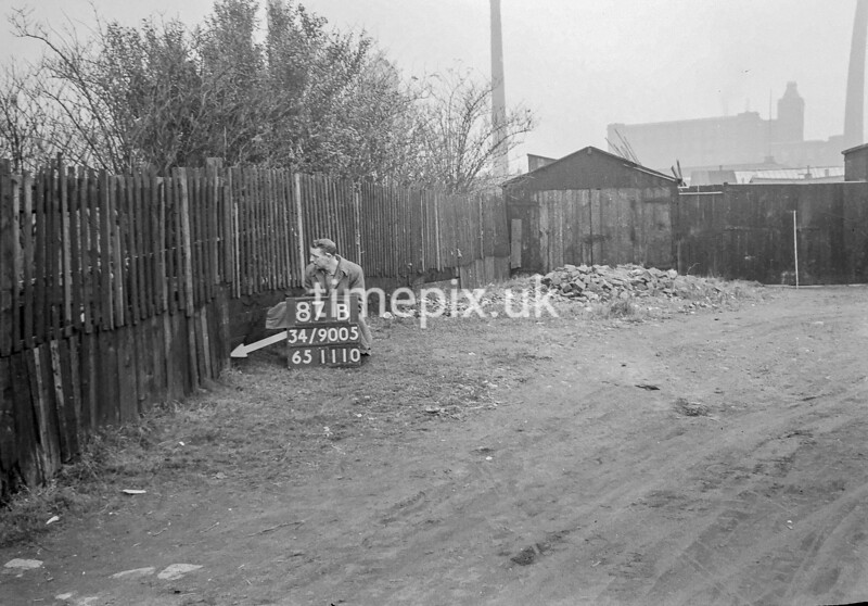 SD900587B, Ordnance Survey Revision Point photograph in Greater Manchester