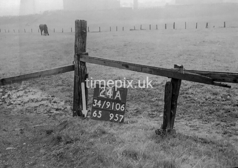 SD910624A, Ordnance Survey Revision Point photograph in Greater Manchester