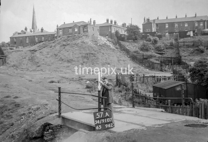 SD910757A, Ordnance Survey Revision Point photograph in Greater Manchester
