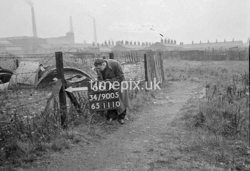 SD900566A, Ordnance Survey Revision Point photograph in Greater Manchester