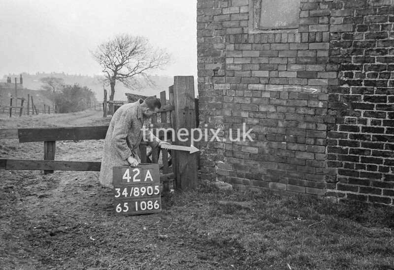 SD890542A, Ordnance Survey Revision Point photograph in Greater Manchester