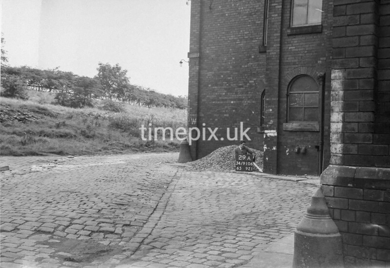 SD910629A, Ordnance Survey Revision Point photograph in Greater Manchester