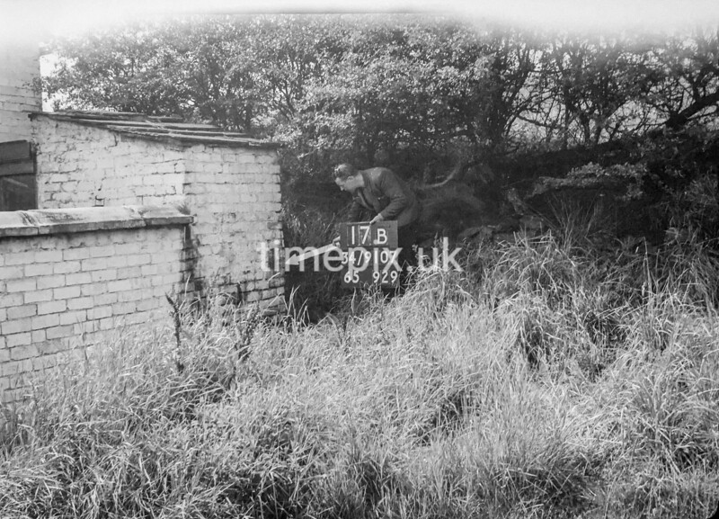 SD910717B, Ordnance Survey Revision Point photograph in Greater Manchester