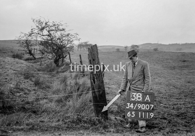 SD900738A, Ordnance Survey Revision Point photograph in Greater Manchester