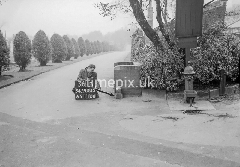 SD900536B, Ordnance Survey Revision Point photograph in Greater Manchester