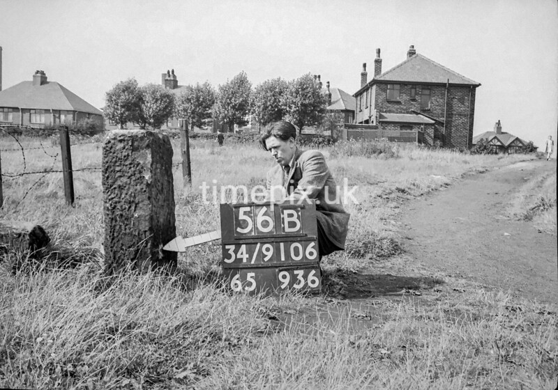 SD910656B, Ordnance Survey Revision Point photograph in Greater Manchester