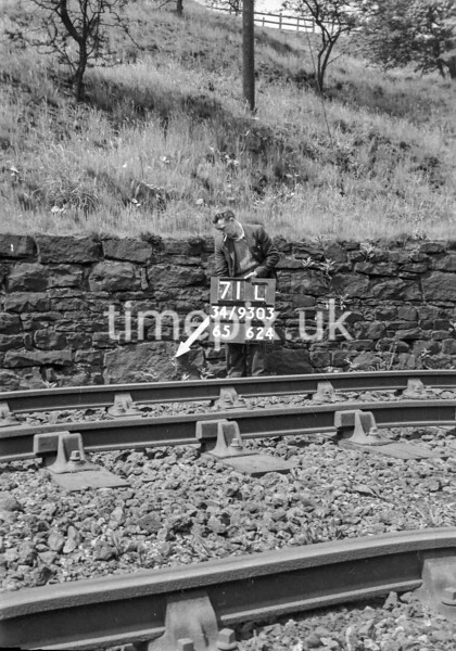 SD930371L, Ordnance Survey Revision Point photograph in Greater Manchester