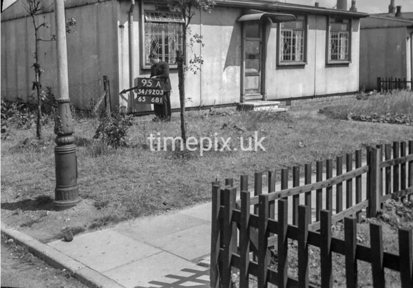 SD920395A, Ordnance Survey Revision Point photograph in Greater Manchester
