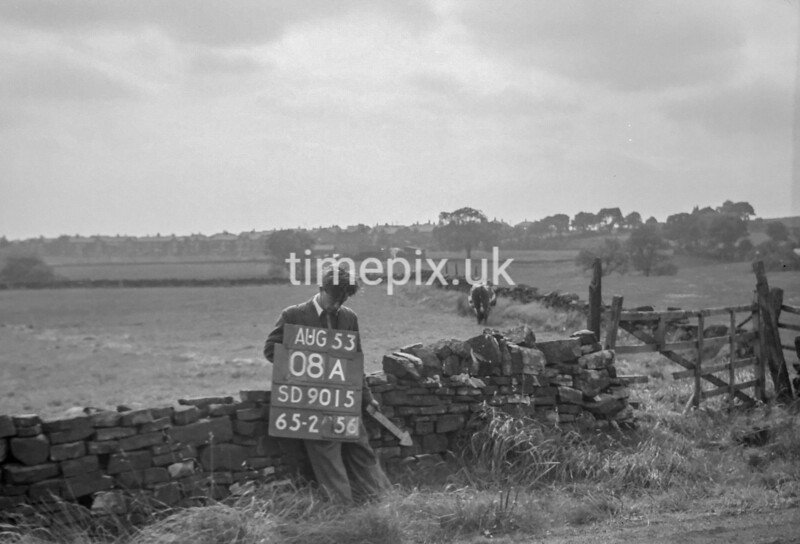 SD901508A, Ordnance Survey Revision Point photograph in Greater Manchester