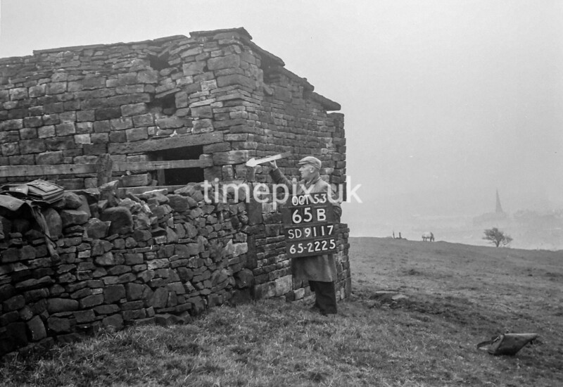 SD911765B, Ordnance Survey Revision Point photograph in Greater Manchester