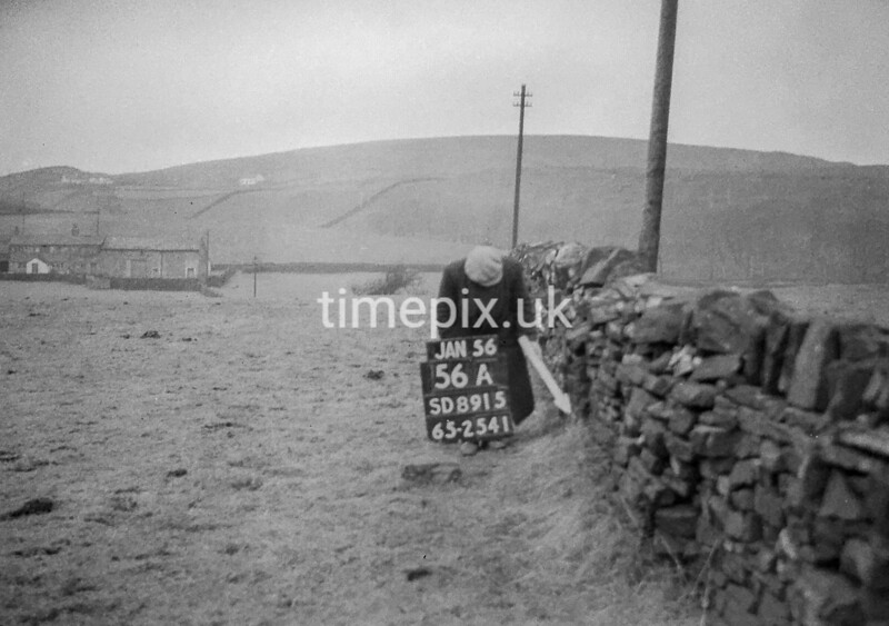 SD891556A, Ordnance Survey Revision Point photograph in Greater Manchester