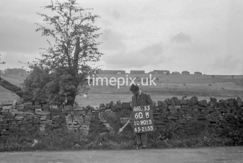 SD901560B, Ordnance Survey Revision Point photograph in Greater Manchester