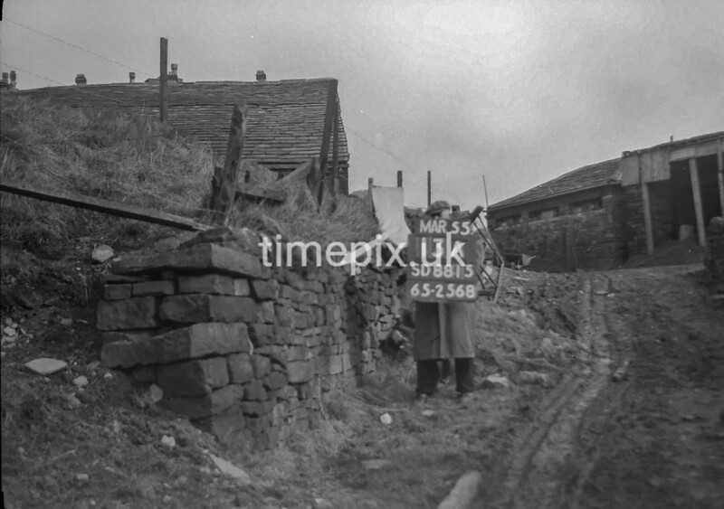 SD881513A, Ordnance Survey Revision Point photograph in Greater Manchester