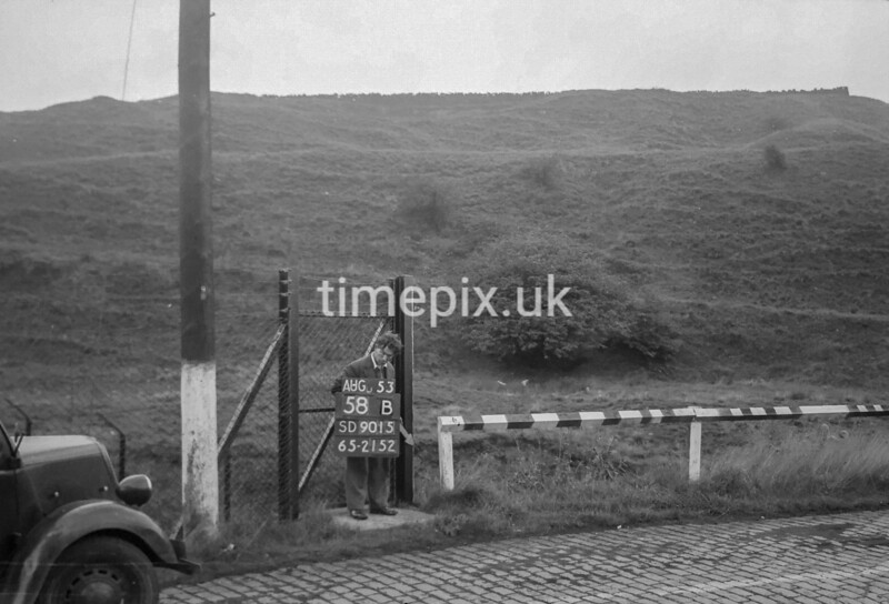 SD901558B, Ordnance Survey Revision Point photograph in Greater Manchester