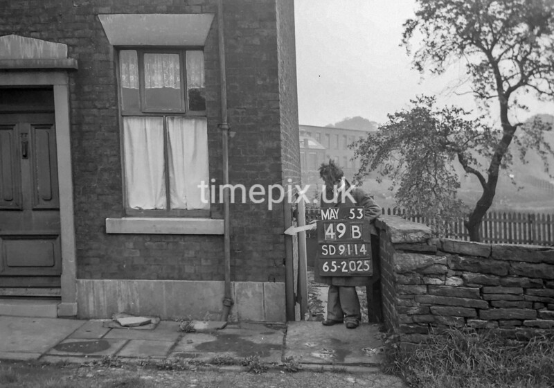 SD911449B, Ordnance Survey Revision Point photograph in Greater Manchester