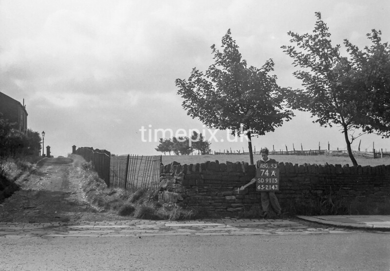 SD911574A, Ordnance Survey Revision Point photograph in Greater Manchester