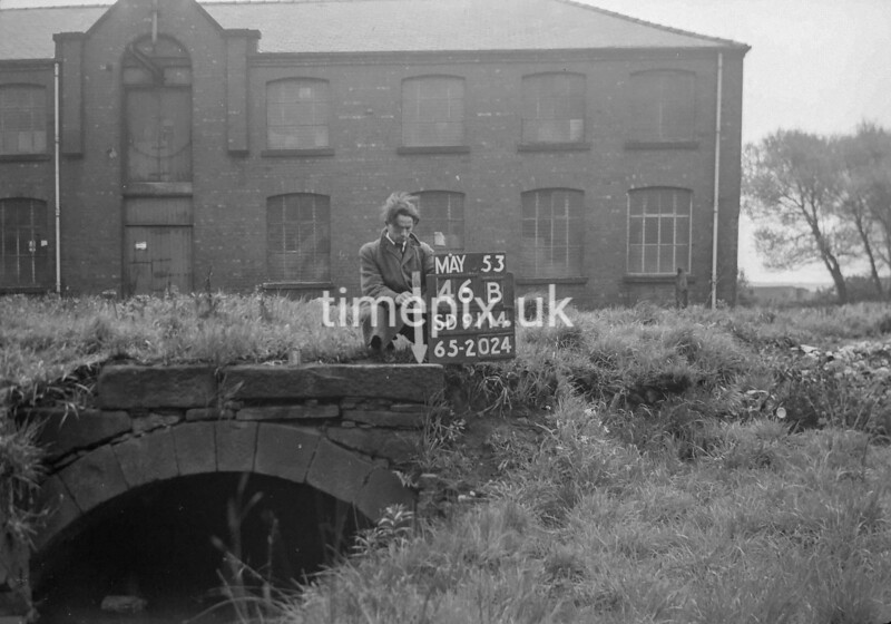 SD911446B, Ordnance Survey Revision Point photograph in Greater Manchester