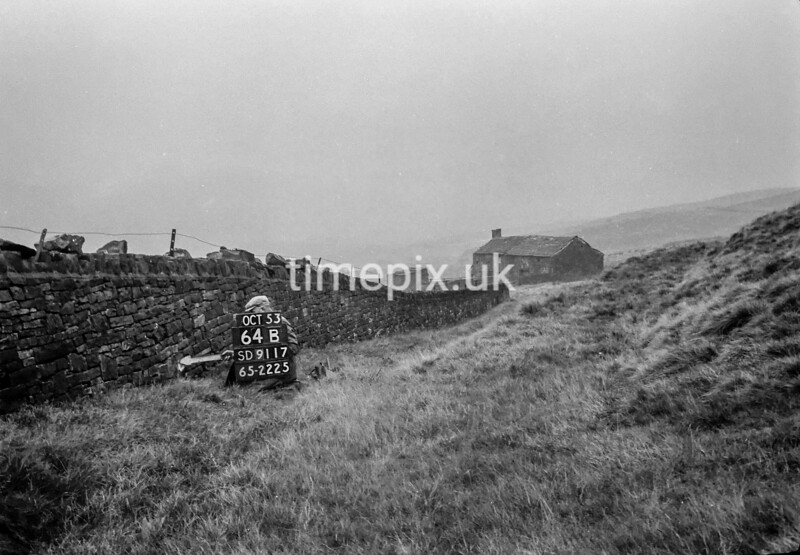 SD911764B, Ordnance Survey Revision Point photograph in Greater Manchester