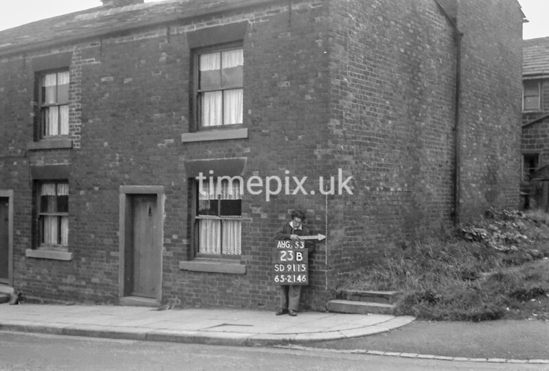 SD911523B, Ordnance Survey Revision Point photograph in Greater Manchester