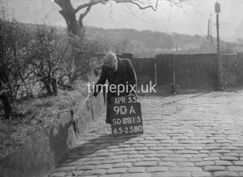 SD881590A, Ordnance Survey Revision Point photograph in Greater Manchester