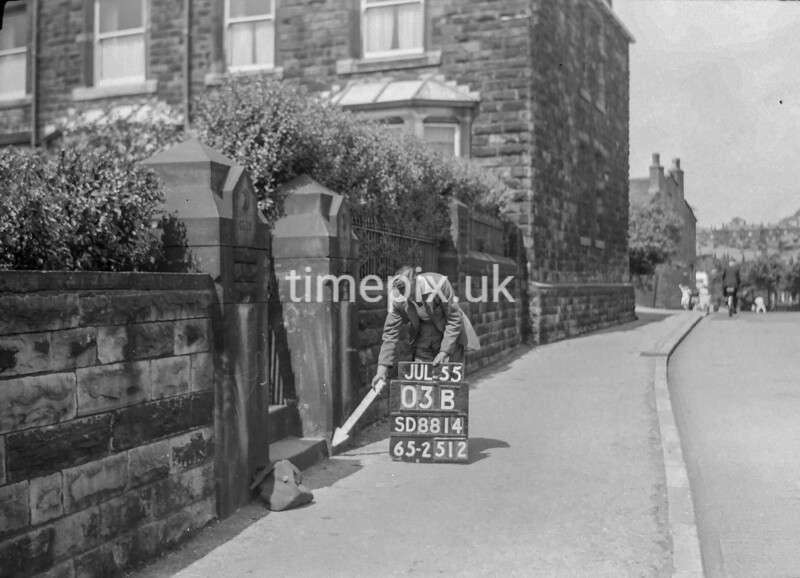 SD881403B2, Ordnance Survey Revision Point photograph in Greater Manchester