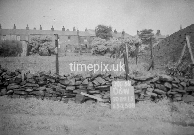 SD891506W, Ordnance Survey Revision Point photograph in Greater Manchester
