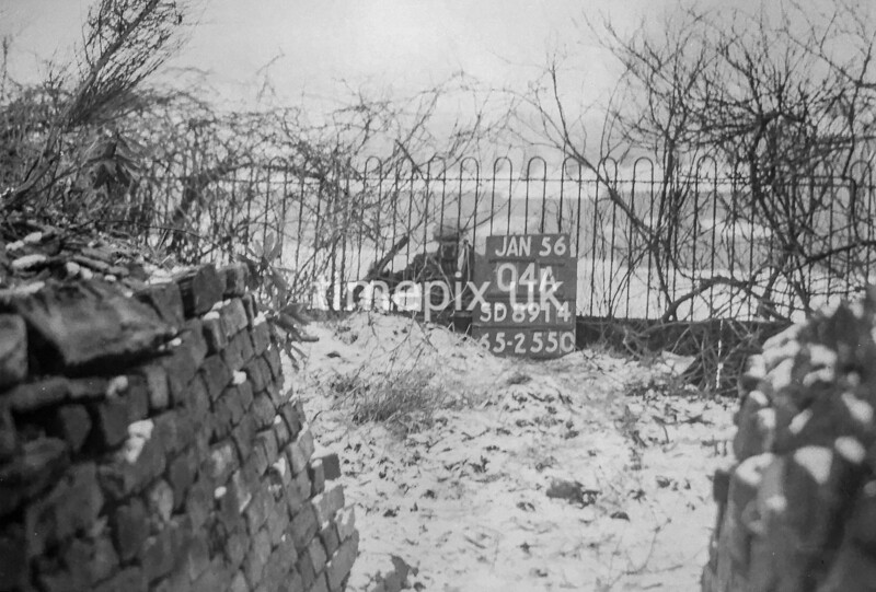 SD891404A, Ordnance Survey Revision Point photograph in Greater Manchester