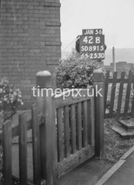 SD891542B, Ordnance Survey Revision Point photograph in Greater Manchester