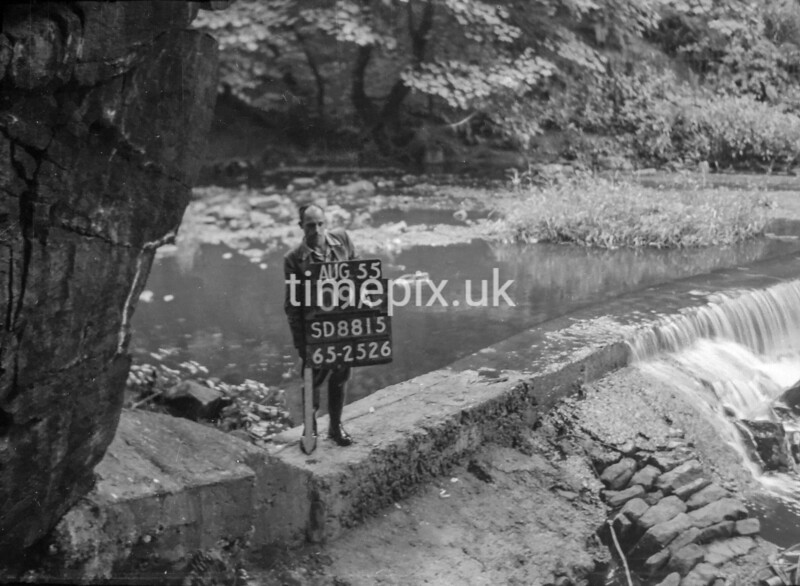 SD881509A, Ordnance Survey Revision Point photograph in Greater Manchester