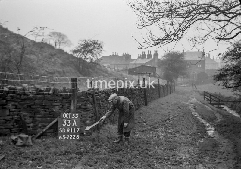 SD911733A, Ordnance Survey Revision Point photograph in Greater Manchester