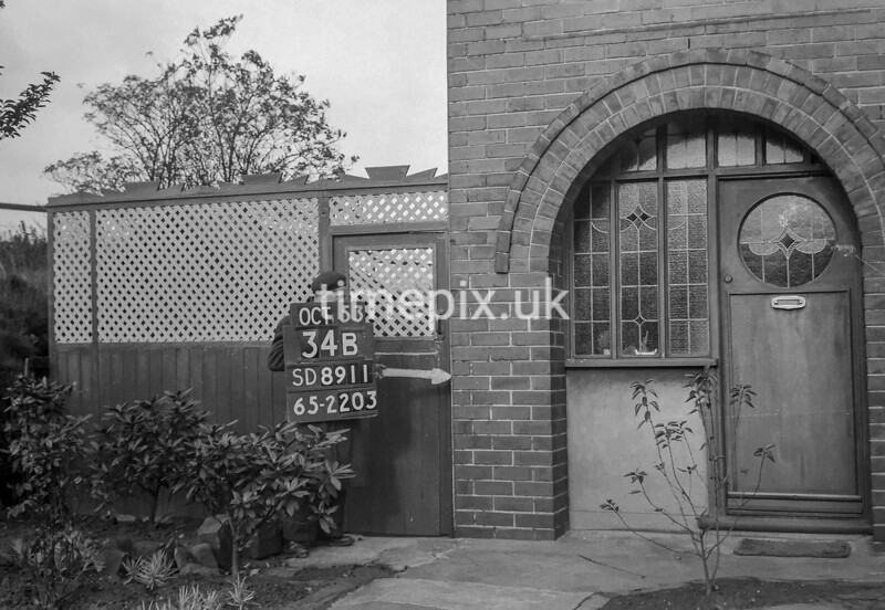 SD891134B, Ordnance Survey Revision Point photograph in Greater Manchester