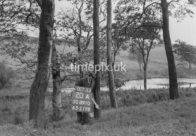 SD891020A, Ordnance Survey Revision Point photograph in Greater Manchester