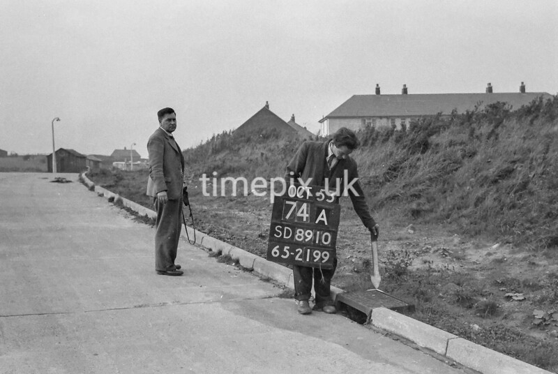 SD891074A, Ordnance Survey Revision Point photograph in Greater Manchester