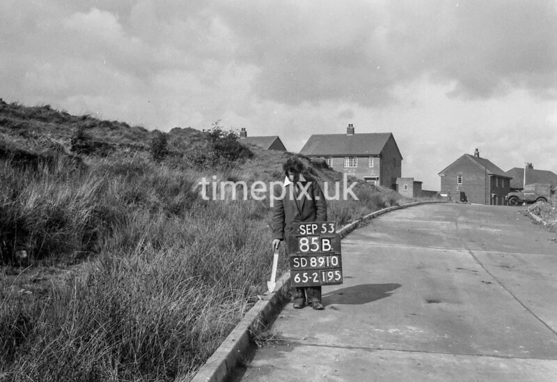 SD891085B, Ordnance Survey Revision Point photograph in Greater Manchester
