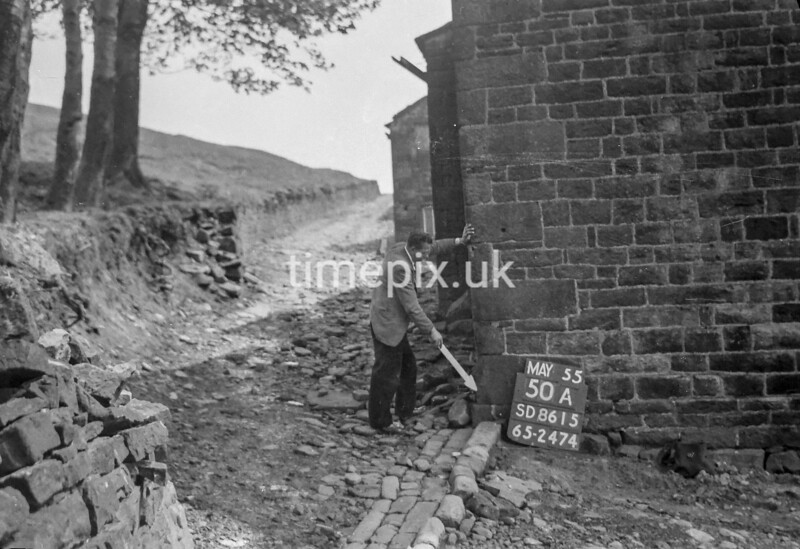 SD861550A, Ordnance Survey Revision Point photograph in Greater Manchester