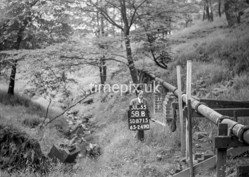 SD871558B, Ordnance Survey Revision Point photograph in Greater Manchester
