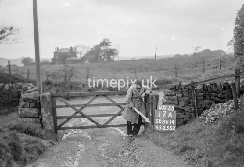 SD861417A, Ordnance Survey Revision Point photograph in Greater Manchester