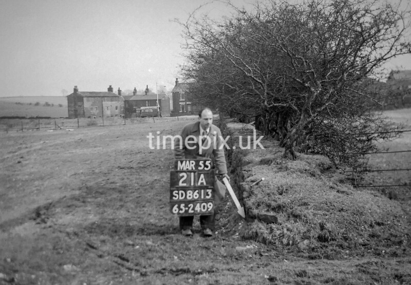 SD861321A, Ordnance Survey Revision Point photograph in Greater Manchester