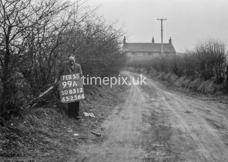 SD851299A, Ordnance Survey Revision Point photograph in Greater Manchester