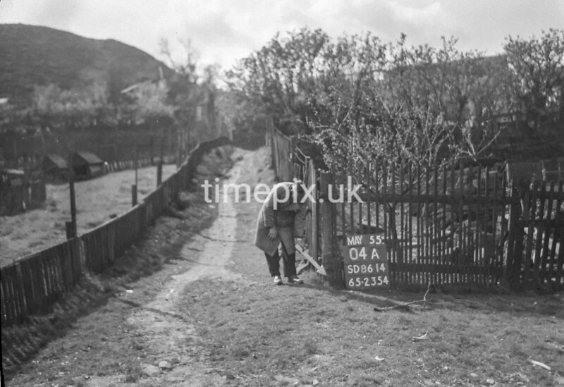 SD861404A, Ordnance Survey Revision Point photograph in Greater Manchester