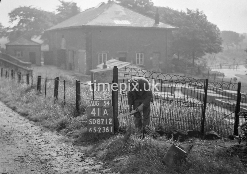 SD871241A, Ordnance Survey Revision Point photograph in Greater Manchester