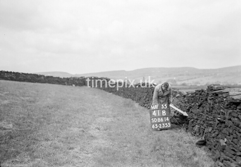 SD861441B, Ordnance Survey Revision Point photograph in Greater Manchester