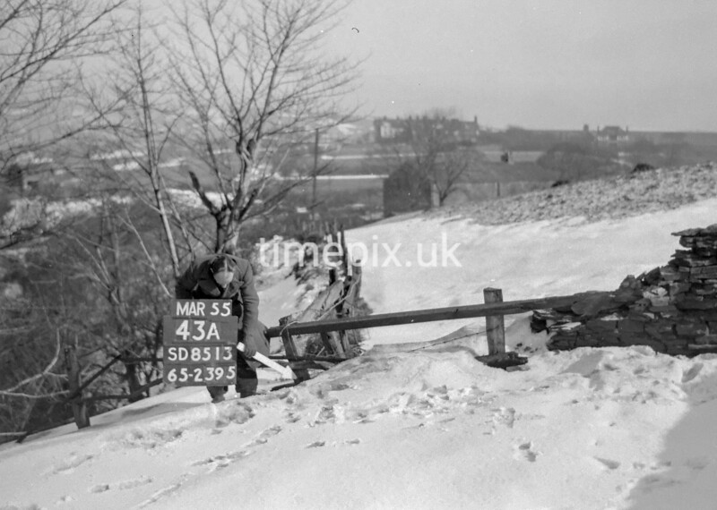 SD851343A1, Ordnance Survey Revision Point photograph in Greater Manchester