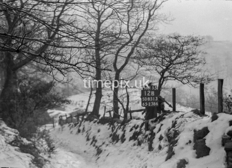 SD851312B, Ordnance Survey Revision Point photograph in Greater Manchester