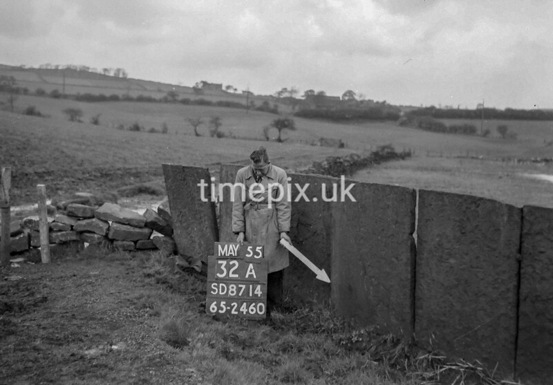 SD871432A, Ordnance Survey Revision Point photograph in Greater Manchester