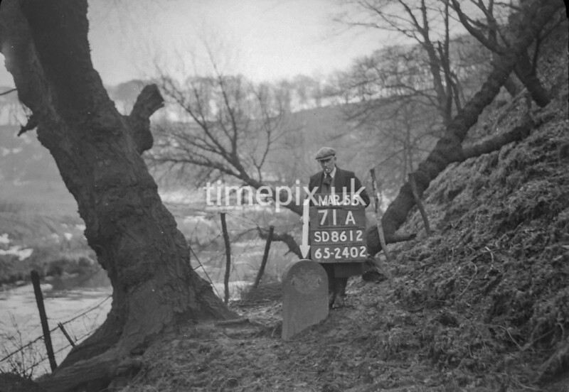 SD861271A, Ordnance Survey Revision Point photograph in Greater Manchester