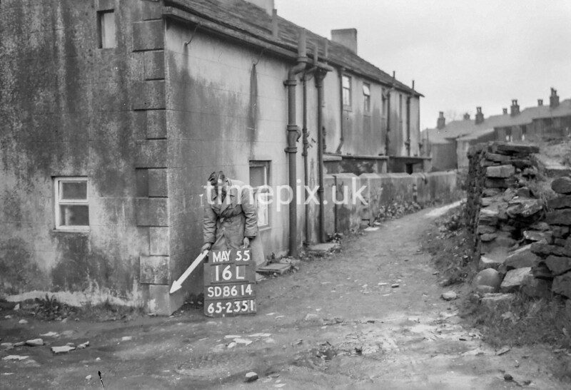 SD861416L, Ordnance Survey Revision Point photograph in Greater Manchester