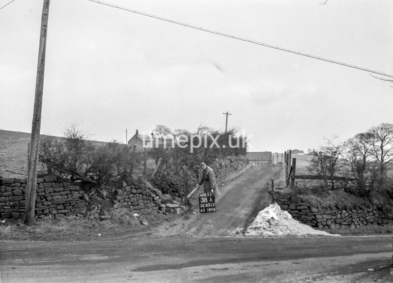 SD831238A, Ordnance Survey Revision Point photograph in Greater Manchester